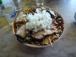 竹岡式ラーメンチャーシュー麺薬味入り