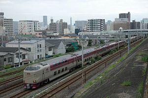 横浜~川崎(新子安~鶴見)